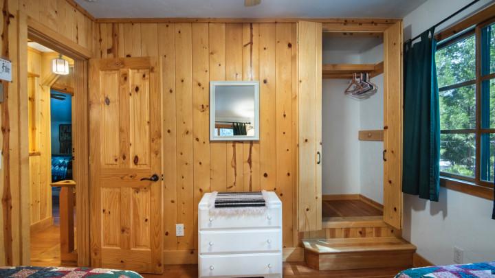 Bassett's Cabin